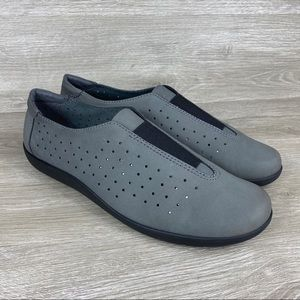 Clarks Medora Gemma Gray Nubuck Slip On Shoes 12 W